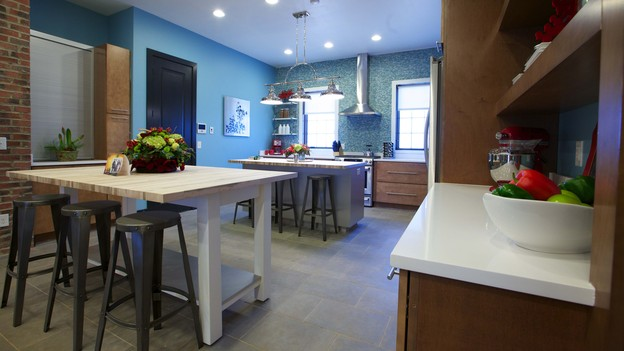 "EXTREME MAKEOVER HOME EDITION - Kitchen Photo, ""Friday Family,"" on ""Extreme Makeover Home Edition,"" Monday, December 17th (8:00-10:00 p.m. ET/PT) on the ABC Television Network."