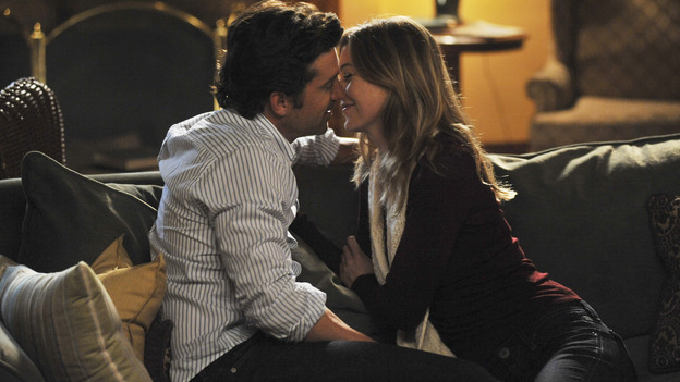 "GREY'S ANATOMY- ""Here Comes the Flood"" - Meredith and Derek get cozy after he movies in, on ""Grey's Anatomy,"" THURSDAY, OCTOBER 9 (9:00-10:01 p.m., ET) on the ABC Television Network. (ABC/ERIC McCANDLESS) PATRICK DEMPSEY, ELLEN POMPEO"