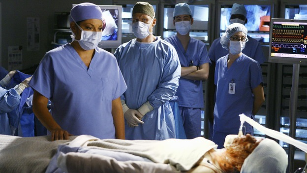 "GREY'S ANATOMY - ""Now or Never"" - Drs. Callie Torres and Owen Hunt watch over the severely injured ""John Doe"" on ""Grey's Anatomy,"" THURSDAY, MAY 14 (9:00-11:00 p.m., ET) on the ABC Television Network. SARA RAMIREZ, KEVIN MCKIDD, T.R. KNIGHT"