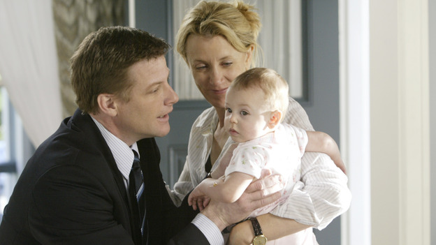 "DESPERATE HOUSEWIVES - ""PILOT"" (ABC/PETER ""HOPPER"" STONE) DOUG SAVANT, FELICITY HUFFMAN"