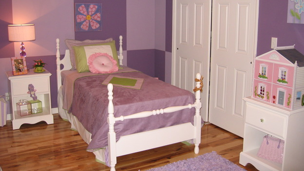 "EXTREME MAKEOVER HOME EDITION - ""Farina Family,"" - Girls' Bedroom, on ""Extreme Makeover Home Edition,"" Sunday, November 12th on the ABC Television Network."