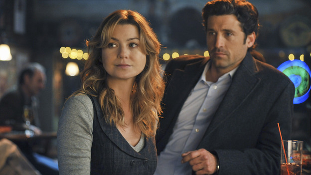 "GREY'S ANATOMY - ""There's No 'I' in Team"" - Meredith and Derek get drinks at Joe's, on ""Grey's Anatomy,"" THURSDAY, OCTOBER 23 (9:00-10:01 p.m., ET) on the ABC Television Network. (ABC/ERIC MCCANDLESS) ELLEN POMPEO, PATRICK DEMPSEY"