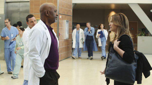 "GREY'S ANATOMY - ""Disarm"" - News of the incoming mass causalities after a gunman opens fire at a local college hits the staff hard when they must spring into action, even while their own wounds are still fresh; and Arizona does not receive a warm welcome home at the hospital, on ""Grey's Anatomy,"" THURSDAY, JANUARY 6 (9:00-10:01 p.m., ET) on the ABC Television Network. (ABC/ADAM LARKEY)JUSTIN CHAMBERS, JAMES PICKENS JR., JESSICA CAPSHAW"