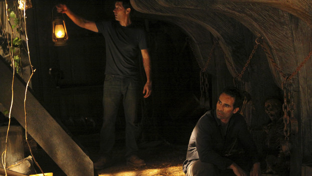 "LOST - ""Dr. Linus"" - Ben deals with the consequences of an uncovered lie, on ""Lost,"" TUESDAY, MARCH 9 (9:00-10:00 p.m., ET) on the ABC Television Network. (ABC/MARIO PEREZ)MATTHEW FOX, NESTOR CARBONELL"