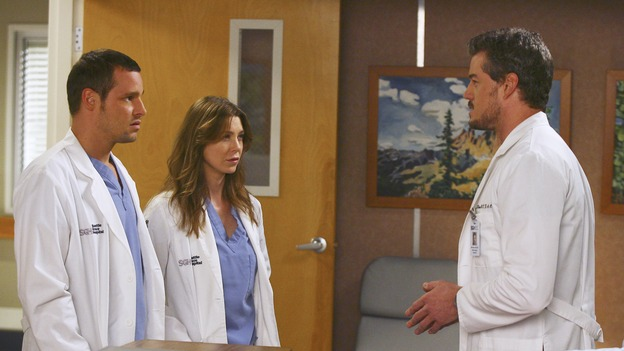 "GREY'S ANATOMY - ""Great Expectations"" - While rumors of the Chief's departure spread among the hospital staff, Bailey proposes the creation of a free clinic, and a Seattle Grace doctor receives a proposal of a different sort, on ""Grey's Anatomy,"" THURSDAY, JANUARY 25 (9:00-10:01 p.m., ET) on the ABC Television Network. (ABC/SCOTT GARFIELD)JUSTIN CHAMBERS, ELLEN POMPEO, ERIC DANE"