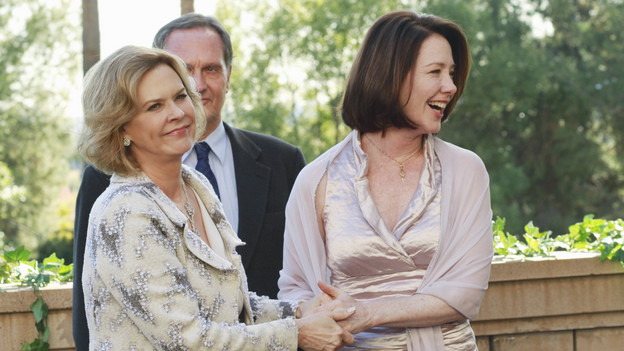 PRIVATE PRACTICE - &quot;Heaven Can Wait&quot; - Addison plans Bizzy and Susan's wedding while trying to keep her distance from the overly flirtatious Dr. Rodriquez. Sam is concerned about the care his longtime patient is receiving, and Sheldon refers Charlotte to his mentor and friend for psychiatric help, on &quot;Private Practice,&quot; THURSDAY, JANUARY 13 (10:01-11:00 p.m., ET) on the ABC Television Network. (ABC/RON TOM)JOBETH WILLIAMS, ANN CUSACK