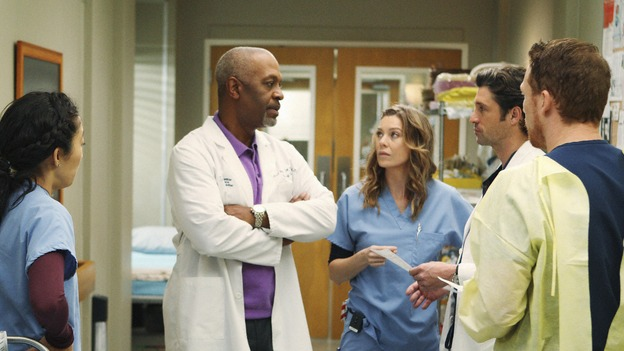 "GREY'S ANATOMY - ""Wish You Were Here"" - The Chief assigns Cristina, Derek, Meredith and Owen to care for a convicted serial killer on death row, on ""Grey's Anatomy,"" THURSDAY, JANUARY 8 (9:00-10:01 p.m., ET) on the ABC Television Network. (ABC/CRAIG SJODIN) SANDRA OH, JAMES PICKENS JR., ELLEN POMPEO, PATRICK DEMPSEY, KEVIN MCKIDD"