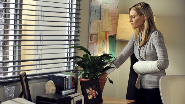 PRIVATE PRACTICE - &quot;What Happens Next&quot; - Charlotte chooses to suffer in silence as she tries to deal with the emotional aftermath of the attack, as Addison struggles to keep the events of that night a secret, while Cooper and the doctors of Oceanside Wellness fight their own demons arising from the assault, on &quot;Private Practice,&quot; THURSDAY, NOVEMBER 11 (10:01-11:00 p.m., ET) on the ABC Television Network. (ABC/ERIC MCCANDLESS)KADEE STRICKLAND