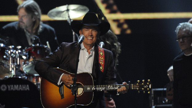 "THE 43rd ANNUAL CMA AWARDS - THEATRE - ""The 43rd Annual CMA Awards"" broadcast live from the Sommet Center in Nashville, WEDNESDAY, NOVEMBER 11 (8:00-11:00 p.m., ET) on the ABC Television Network. (ABC/KATHERINE BOMBOY)GEORGE STRAIT"