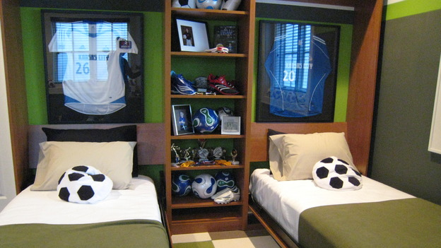 "EXTREME MAKEOVER HOME EDITION - ""Jacobo Family"" - Boys' Bedroom, on ""Extreme Makeover Home Edition,"" Sunday, May 13th on the ABC Television Network."