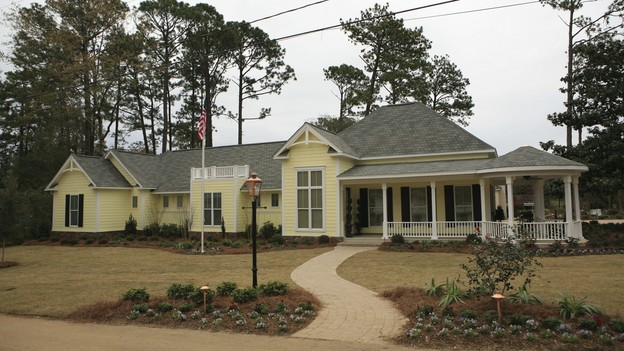 EXTREME MAKEOVER HOME EDITION - &quot;Heathcock Family,&quot; - Exterior, on &quot;Extreme Makeover Home Edition,&quot; Sunday, March 21st on the ABC Television Network.