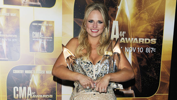 "THE 44TH ANNUAL CMA AWARDS - GENERAL - ""The 44th Annual CMA Awards"" will be broadcast live from the Bridgestone Arena in Nashville, WEDNESDAY, NOVEMBER 10 (8:00-11:00 p.m., ET) on the ABC Television Network. (ABC/ANDREW WALKER)MIRANDA LAMBERT"