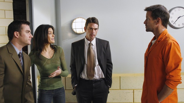 "DESPERATE HOUSEWIVES - ""Come Play Wiz Me"" - Mike meets with a lawyer, on ""Desperate Housewives,"" SUNDAY, JANUARY 21 (9:00-10:01 p.m., ET) on the ABC Television Network. (ABC/RON TOM) DONNIE JEFFCOAT, TERI HATCHER, DOUGRAY SCOTT, JAMES DENTON"