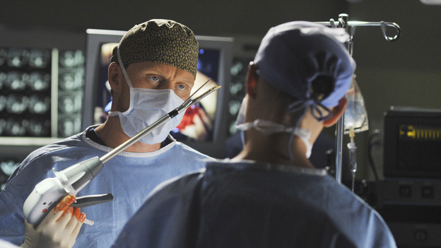 "GREY'S ANATOMY - ""Life During Wartime"" - Dr. Owen Hunt during surgery, on ""Grey's Anatomy,"" THURSDAY, OCTOBER 30 (9:00-10:01 p.m., ET) on the ABC Television Network. (ABC/ERIC MCCANDLESS) KEVIN MCKIDD"