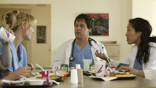 "100367_2736 -- GRAY'S ANATOMY - ""PILOT"" (ABC/RICHARD CARTWRIGHT)KATHERINE HEIGL, T.R. KNIGHT, SANDRA OH"