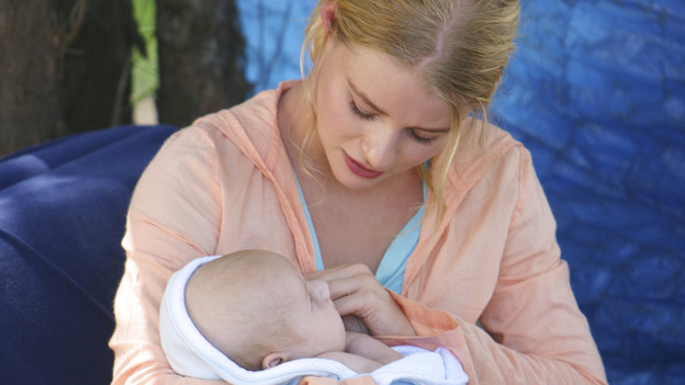 "LOST - ""The Greater Good"" - Claire and baby Aaron. After burying one of their own, tempers flare as the castaways' suspicions of each other grow, on ""Lost,"" THURSDAY, MAY 4 on the ABC Television Network. (ABC/MARIO PEREZ) EMILIE DE RAVIN"