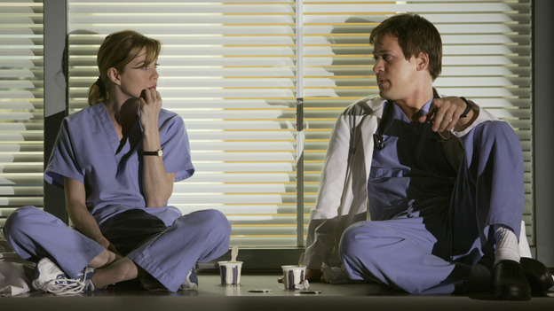 "100367_2826 -- GRAY'S ANATOMY - ""PILOT"" (ABC/RICHARD CARTWRIGHT)ELLEN POMPEO, T.R. KNIGHT"