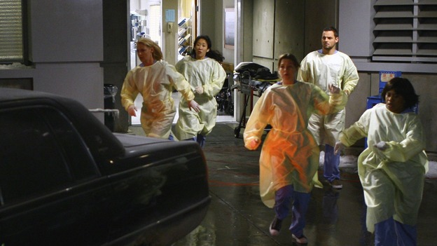 "GREY'S ANATOMY - ""Dream a Little Dream of Me"" - On the two-hour season premiere of ""Grey's Anatomy,"" Meredith and Derek learn that ""happily ever after"" isn't easy, a military doctor who brings in a trauma patient catches Cristina's eye, and the Chief and his staff reel at the news that Seattle Grace is no longer nationally ranked as a top-tier teaching hospital, on ""Grey's Anatomy,"" THURSDAY, SEPTEMBER 25 (9:00-11:00 p.m., ET) on the ABC Television Network. (ABC/SCOTT GARFIELD)KATHERINE HEIGL, SANDRA OH, ELLEN POMPEO, JUSTIN CHAMBERS, CHANDRA WILSON"