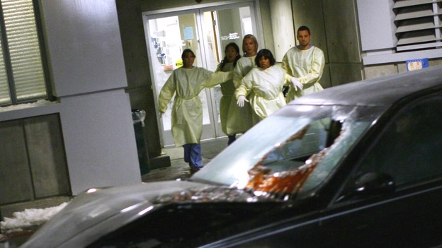 "GREY'S ANATOMY - ""Dream a Little Dream of Me"" - A crashed limousine with three injured women arrives at Seattle Grace, on ""Grey's Anatomy,"" THURSDAY, SEPTEMBER 25 (9:00-11:00 p.m., ET) on the ABC Television Network. (ABC/SCOTT GARFIELD) ELLEN POMPEO, SANDRA OH, KATHERINE HEIGL, CHANDRA WILSON, JUSTIN CHAMBERS"