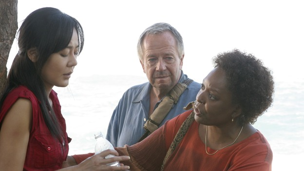 "LOST - ""The Whole Truth"" (ABC/MARIO PEREZ) YUNJIN KIM, SAM ANDERSON, L. SCOTT CALDWELL"