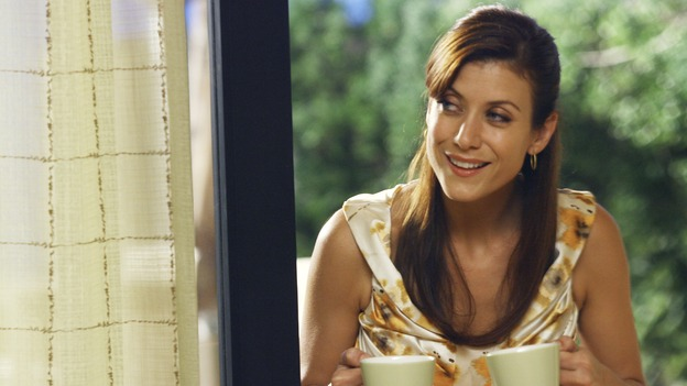 "PRIVATE PRACTICE - ""In Which Addison Has a Very Casual Get-Together"" - Addison invites her fellow Oceanside Wellness co-workers to her house for a get-together, but no one RSVPs, the wife of Violet's ex-boyfriend visits the wellness center for medical treatment -- and Violet is none too happy about it -- Cooper counsels a young patient who is lovesick, and Sam appears on his first talk show promoting his self-help book, on ""Private Practice,"" WEDNESDAY, OCTOBER 17 (9:00-10:01 p.m., ET) on the ABC Television Network. (ABC/SCOTT GARFIELD)KATE WALSH"