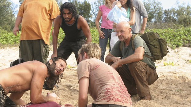 "LOST - ""Flashes Before Your Eyes"" - A suspicious and determined Hurley enlists Charlie to help him wrangle the truth out of Desmond, who has been acting strangely ever since the implosion of the hatch, on ""Lost,"" WEDNESDAY, FEBRUARY 14 (10:00-11:00 p.m., ET), on the ABC Television Network.  (ABC/MARIO PEREZ)JORGE GARCIA, HENRY IAN CUSICK, EMILIE DE RAVIN, NAVEEN ANDREWS, DOMINIC MONAGHAN, YUNJIN KIM,  TERRY O'QUINN"