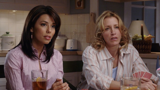 "DESPERATE HOUSEWIVES - ""The Ladies Who Lunch"" - Maisy Gibbons' (guest star Sharon Lawrence) series of unfortunate events shock the residents of Wisteria Lane, and have unexpected consequences for Bree; Gabrielle faces a crisis of her own when her sewer system goes out and she doesn't have the money to fix it; and Lynette braves a scandal herself when it's rumored that the twins started the school's head lice epidemic. Meanwhile, as Susan sinks into depression over her breakup with Mike, she finds a surprising ally, on ""Desperate Housewives,"" SUNDAY, XXXXXX (9:00-10:02 p.m., ET) on the ABC Television Network. (ABC/DANNY FELD)EVA LONGORIA, FELICITY HUFFMAN"