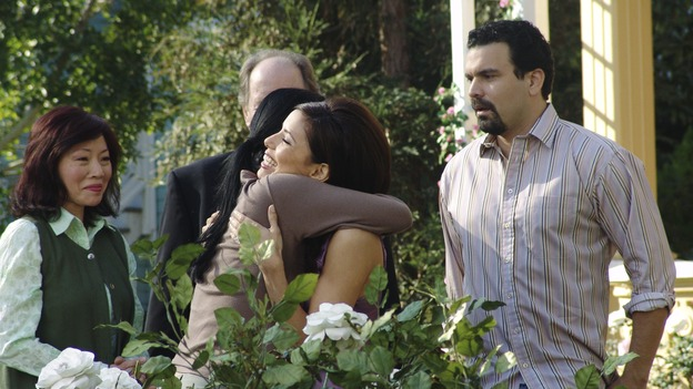 "DESPERATE HOUSEWIVES - ""Silly People"" - (ABC/DANNY FELD)ELIZABETH SUNG, JEFF DOUCETTE, GWENDOLINE YEO, EVA LONGORIA, RICARDO ANTONIO CHAVIRA"