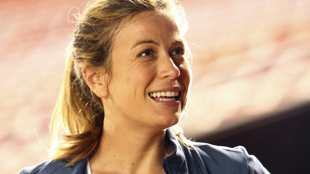 "LOST - ""Happily Ever After"" - Desmond wakes up to discover he's back on the island, on ""Lost,"" TUESDAY, APRIL 6 (9:00-10:02 p.m., ET) on the ABC Television Network. (ABC/MARIO PEREZ) SONYA WALGER"