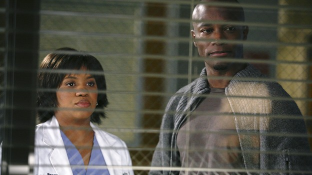 PRIVATE PRACTICE - &quot;Ex-Life&quot; - As Archer recoups from surgery, Derek has Addison work with his pregnant neuro patient; after Sam suffers a sudden asthma attack, Bailey and Naomi work together to find the root cause of Sam's sudden attack; and at Oceanside Wellness, Cooper, Violet and Pete work together to treat a mother suffering from postpartum depression, on &quot;Private Practice,&quot; THURSDAY, FEBRUARY 12 (10:02-11:00 p.m., ET) on the ABC Television Network. (ABC/KAREN NEAL)CHANDRA WILSON, TAYE DIGGS