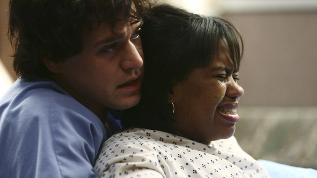 "GREY'S ANATOMY - ""It's the End of the World (As We Know It)"" (ABC/SCOTT GARFIELD)T.R. KNIGHT, CHANDRA WILSON"