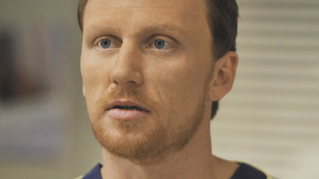 "GREY'S ANATOMY - ""Life During Wartime"" - Dr. Owen Hunt, the new chief of trauma, on ""Grey's Anatomy,"" THURSDAY, OCTOBER 30 (9:00-10:01 p.m., ET) on the ABC Television Network. (ABC/ERIC MCCANDLESS) KEVIN MCKIDD"