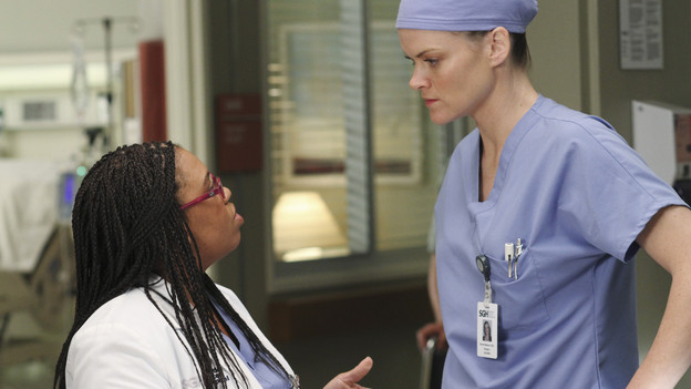 "GREY'S ANATOMY - ""The Time Warp"" - In his new role as Chief, Derek restores the hospital lecture series, and Richard, Bailey and Callie present to the group pivotal surgical cases from their pasts - Bailey reflects on her first days as a shy resident, Callie looks back on a polio case, and Richard recalls a case in which he and Ellis worked on a patient diagnosed with GRID, a virus later called AIDS -- on ""Grey's Anatomy,"" THURSDAY, FEBRUARY 18 (9:00-10:01 p.m., ET) on the ABC Television Network. (ABC/RON TOM)CHANDRA WILSON, MISSI PYLE"
