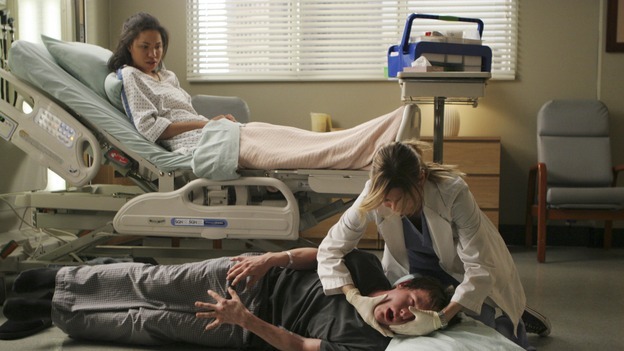 "GREY'S ANATOMY - ""Freedom"" - On the two-hour season finale of ""Grey's Anatomy,"" Meredith and Derek have one last shot at a successful outcome in their clinical trial, as the other surgeons work together to free a boy from a hardening block of cement. Meanwhile, Izzie helps Alex care for an ailing Rebecca, and Lexie discovers critical information about George's intern status, on ""Grey's Anatomy,"" THURSDAY, MAY 22 (9:00-11:00 p.m., ET) on the ABC Television Network. (ABC/MICHAEL DESMOND)JURNEE SMOLLETT, ELLEN POMPEO, MARSHALL ALLMAN"