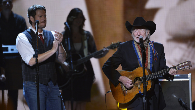 "THE 46TH ANNUAL CMA AWARDS - THEATRE - ""The 46th Annual CMA Awards"" airs live THURSDAY, NOVEMBER 1 (8:00-11:00 p.m., ET) on ABC live from the Bridgestone Arena in Nashville, Tennessee. (ABC/KATHERINE BOMBOY-THORNTON)BLAKE SHELTON, WILLIE NELSON"