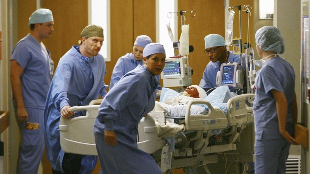 "GREY'S ANATOMY - ""Now or Never"" - Drs. Hunt, Torres and Grey rush the seriously injured patient ""John Doe"" to surgery, on ""Grey's Anatomy,"" THURSDAY, MAY 14 (9:00-11:00 p.m., ET) on the ABC Television Network. KEVIN MCIDD, ELLEN POMPEO, SARA RAMIREZ, T.R. KNIGHT"