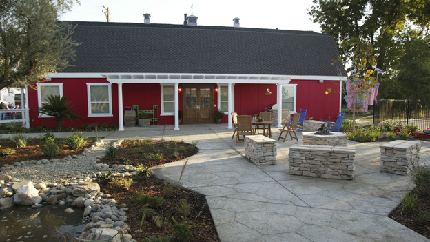 EXTREME MAKEOVER HOME EDITION - &quot;Elcano Family,&quot; - Patio, on &quot;Extreme Makeover Home Edition,&quot; Sunday, November 21st on the ABC Television Network.
