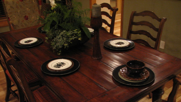 "EXTREME MAKEOVER HOME EDITION - ""Tipton-Smith Family,"" - Dining Room, on ""Extreme Makeover Home Edition,"" Sunday, March 11th on the ABC Television Network."