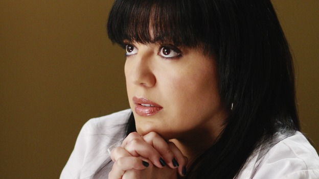 "GREY'S ANATOMY - ""Before and After"" - Callie goes to the chapel to comfort Addison and pray for Archer, on ""Grey's Anatomy,"" THURSDAY, FEBRUARY 12 (9:00-10:02 p.m., ET) on the ABC Television Network. (ABC/RON TOM) SARA RAMIREZ"