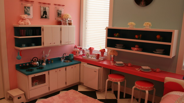 "EXTREME MAKEOVER HOME EDITION - ""Wagstaff Family,"" - Girl's Bedroom, on ""Extreme Makeover Home Edition,"" Sunday, February 21st on the ABC Television Network."