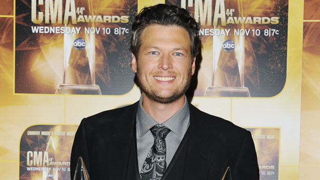 "THE 44TH ANNUAL CMA AWARDS - GENERAL - ""The 44th Annual CMA Awards"" will be broadcast live from the Bridgestone Arena in Nashville, WEDNESDAY, NOVEMBER 10 (8:00-11:00 p.m., ET) on the ABC Television Network. (ABC/ANDREW WALKER)BLAKE SHELTON"
