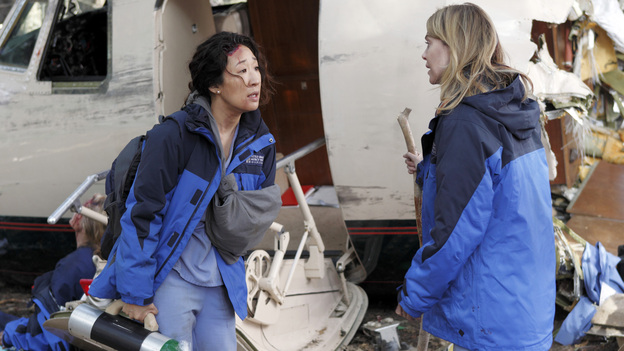 GREY'S ANATOMY - &quot;Flight&quot; - Faced with a life threatening situation, the doctors must fight to stay alive while trying to save the lives of their peers; Bailey and Ben make a decision regarding their relationship; and Teddy is presented with a tempting offer. Meanwhile, Richard plans a special dinner for the residents, on the Season Finale of &quot;Grey's Anatomy,&quot; THURSDAY, MAY 17 (9:00-10:01 p.m., ET) on the ABC Television Network. (ABC/CRAIG SJODIN)SANDRA OH, ELLEN POMPEO
