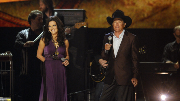 "THE 43rd ANNUAL CMA AWARDS - THEATRE - ""The 43rd Annual CMA Awards"" broadcast live from the Sommet Center in Nashville, WEDNESDAY, NOVEMBER 11 (8:00-11:00 p.m., ET) on the ABC Television Network. (ABC/KATHERINE BOMBOY)MARTINA MCBRIDE, GEORGE STRAIT"