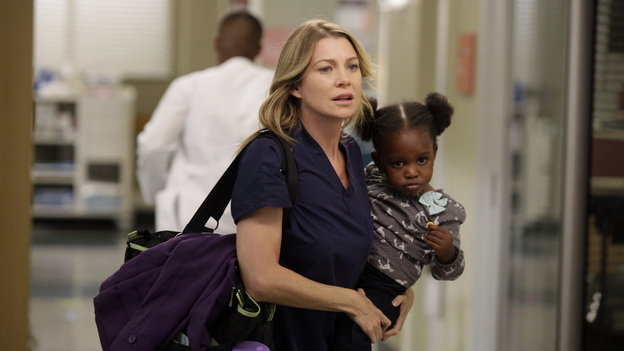 Sometimes emergencies arise and Meredith is forced to bring Zola to work with her. No worries though, there's plenty of people on staff to take care of Zola while Mommy Grey heals the sick.