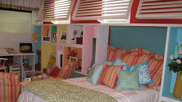 "EXTREME MAKEOVER HOME EDITION - ""Ruiz Family,"" - Girls' Bedroom, on ""Extreme Makeover Home Edition,"" Sunday, March 15th on the ABC Television Network."