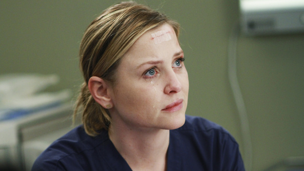 "GREY'S ANATOMY - ""Song Beneath the Song"" - In a series first, the music that has been at the heart of the show and been beloved by fans comes to life for Grey's Anatomy: The Music Event. A cataclysmic event rattles the doctors of Seattle Grace to the core, as Callie, on the verge of an enormous life-changing moment with Arizona, envisions her hospital and friends as it has never-been-seen before. ""Chasing Cars"" (Snow Patrol), ""How to Save a Life"" (The Fray) and ""The Story"" (Brandi Carlile) are among the songs performed by the cast in one of the most special hours of ""Greys Anatomy"" yet, THURSDAY, MARCH 31 (9:00-10:01 p.m., ET) on the ABC Television Network. (ABC/RON TOM)JESSICA CAPSHAW"