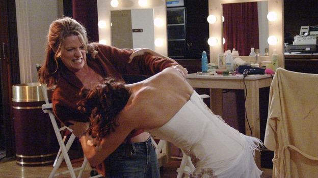 DESPERATE HOUSEWIVES - &quot;Suspicious Minds&quot; -- Susan gets into a catfight, on &quot;Desperate Housewives,&quot; SUNDAY, XXXXXXXX (9:00-10:00 p.m., ET) on the ABC Television Network. KATHRYN HARROLD, TERI HATCHER