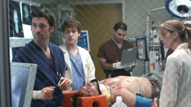 "101728_1845 -- COMPLICATIONS - ""NO MAN'S LAND"" (ABC/ RON TOM)PATRICK DEMPSEY, T.R. KNIGHT, F.J. RIO, ELLEN POMPEO"