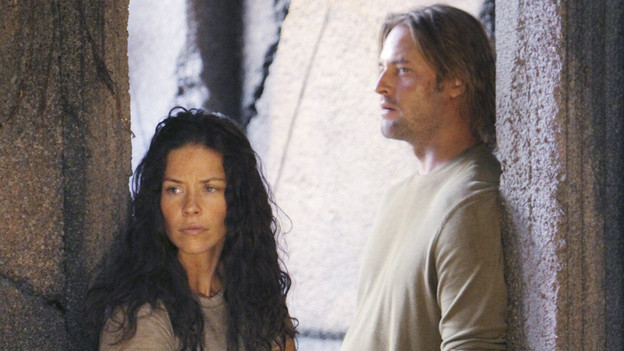 "LOST - ""What Kate Does"" - Kate finds herself on the run, while Jack is tasked with something that could endanger a friend's life, on ""Lost,"" TUESDAY, FEBRUARY 9 (9:00-10:00 p.m., ET) on the ABC Television Network. (ABC/MARIO PEREZ)EVANGELINE LILLY, JOSH HOLLOWAY"