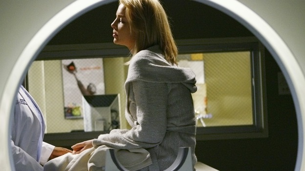 GREY'S ANATOMY - &quot;What a Difference a Day Makes&quot; - Izzie prepares herself for another medical exam, on &quot;Grey's Anatomy,&quot; THURSDAY, MAY 7 (9:00-10:02 p.m., ET) on the ABC Television Network. (ABC/SCOTT GARFIELD) KATHERINE HEIGL